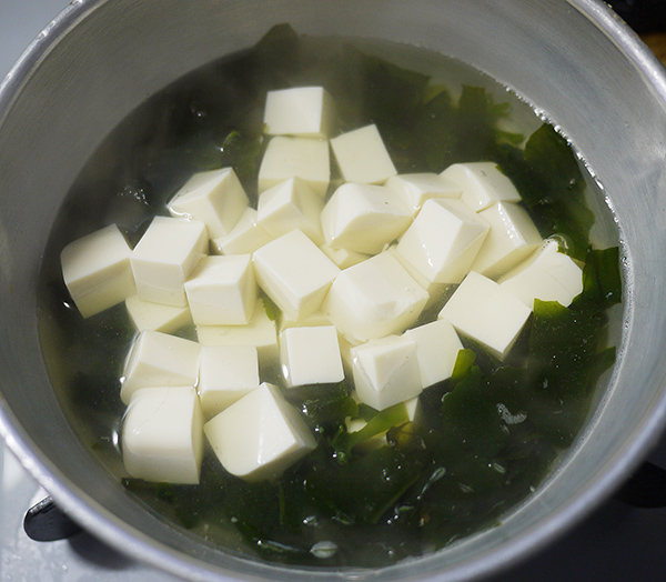 味噌汁の具や味噌を入れるタイミング