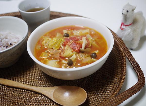 たっぷり野菜のトマトスープ