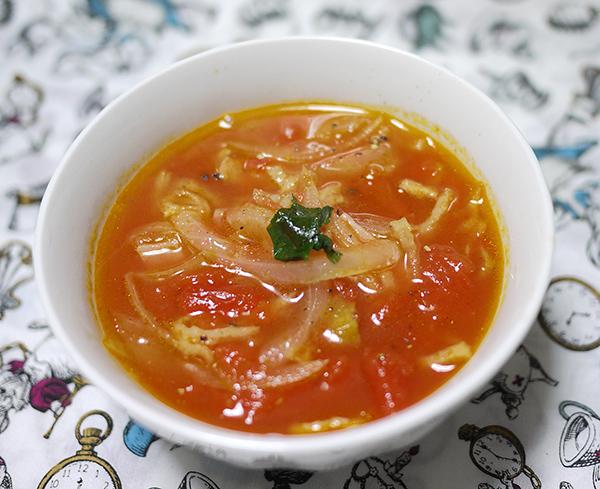 切り干し大根とトマトベーコンスープ